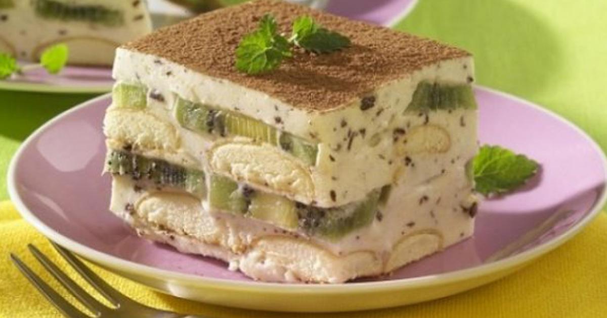 Prăjitură diplomat cu kiwi, fără coacere. Atât de bună încât nu îi poți rezista!