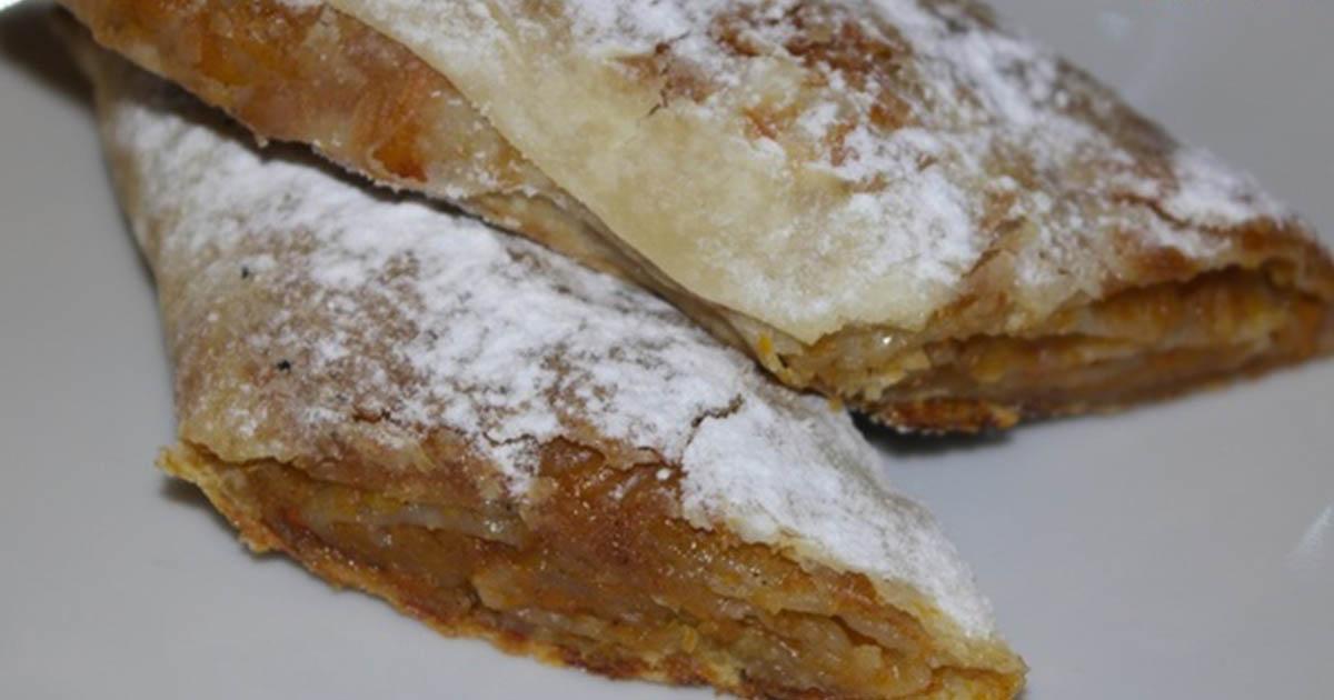 Plăcintă cu dovleac și scorțișoară de post cu foi de plăcinte în casă, un desert divin care se topește în gură!