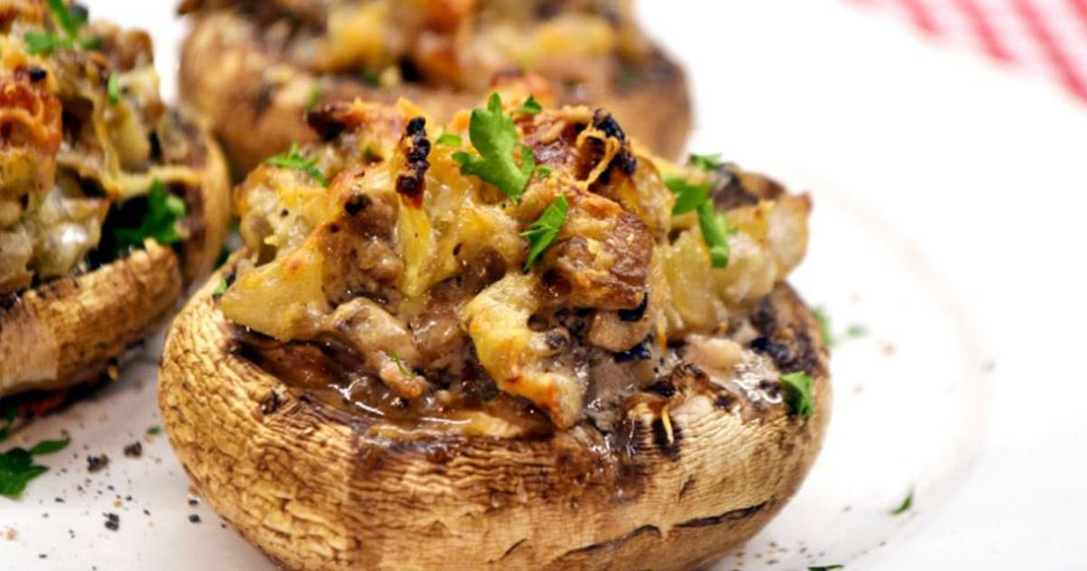 Ciupercuțe umplute cu bacon și cașcaval