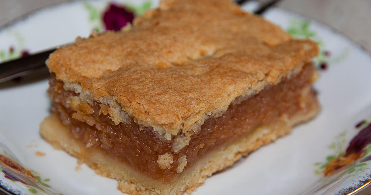 Cea mai bună plăcintă cu mere și gutui pe care o poți prepara pentru cei dragi! Este de post, dar o poți mânca oricând, un desert