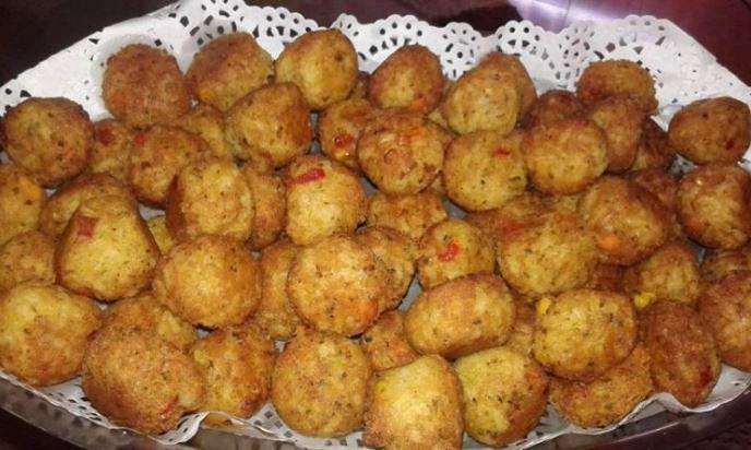 Chifteluțe cu orez și legume, o rețetă foarte gustoasă, rapidă și economică
