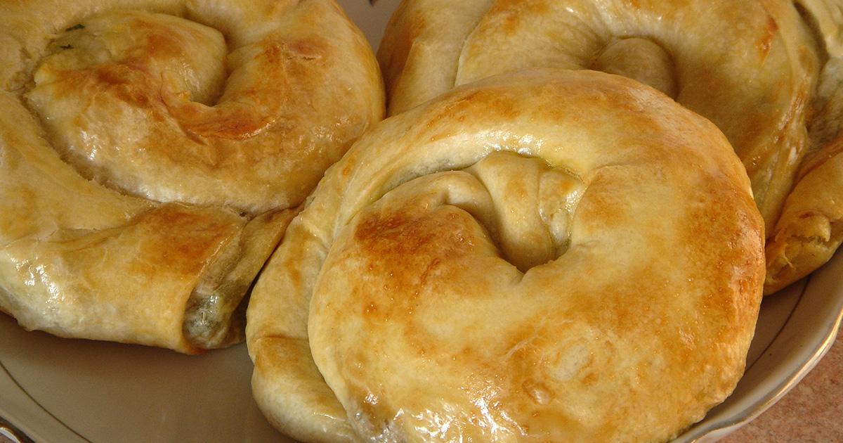 Melci din foietaj de casă moldovenești cu cartofi, spanac și ciuperci! Un preparat de post delicios perfect pentru orice moment al zilei!