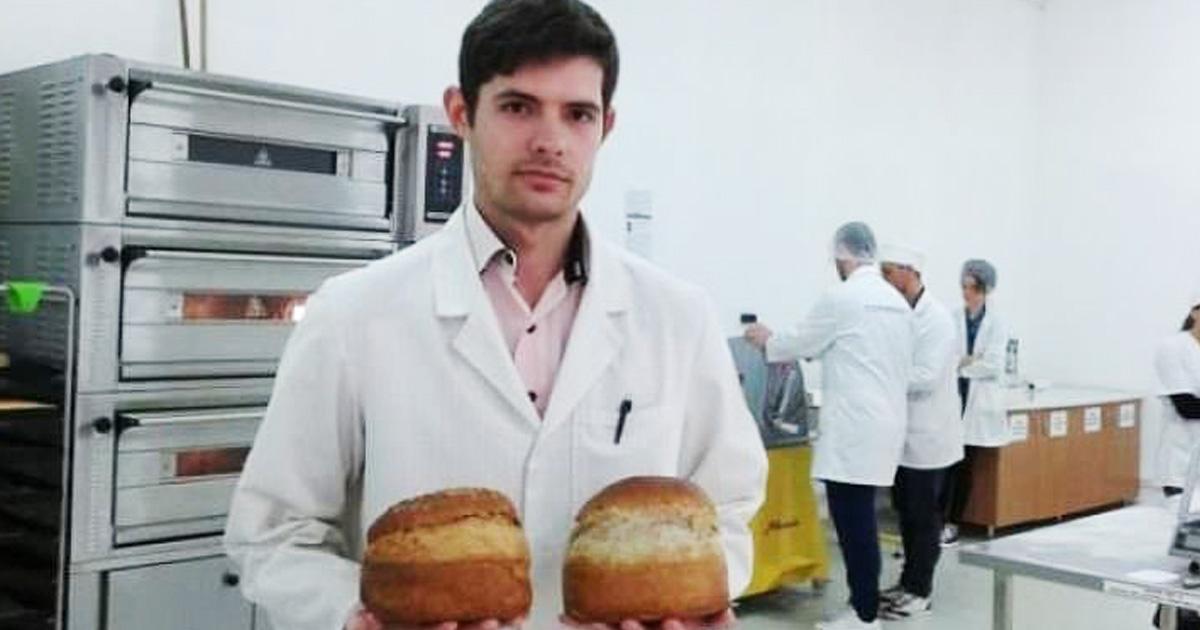 Un român a creat pâinea viitorului! Alimentul a luat aurul la un salon de inventică!