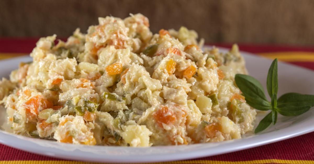 Cum se face salata de boeuf de post cu ciuperci. Este delicioasă și ușor de preparat