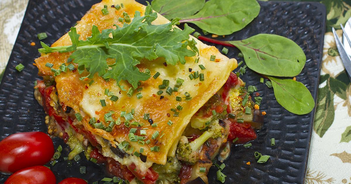 Lasagna de post cu legume. Un preparat delicios și sănătos pe care îl prepari imediat