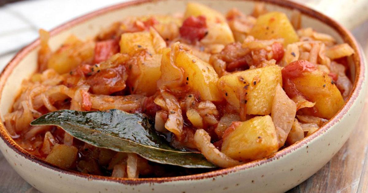 Tocaniță de cartofi cu varză. O bunătate de mâncare pentru toată perioada postului