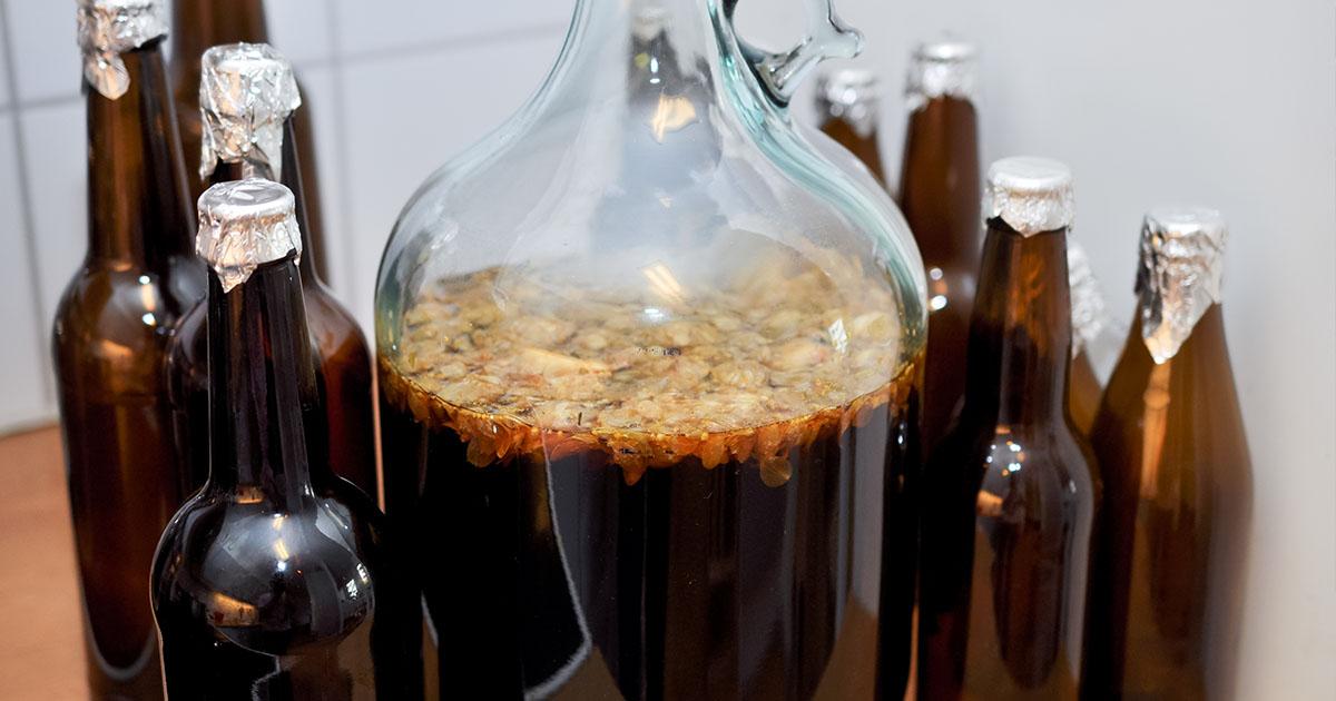 Cum să îți prepari berea acasă. O rețetă de pe vremea străbunicului meu. Mulți au insistat să le dau această rețetă