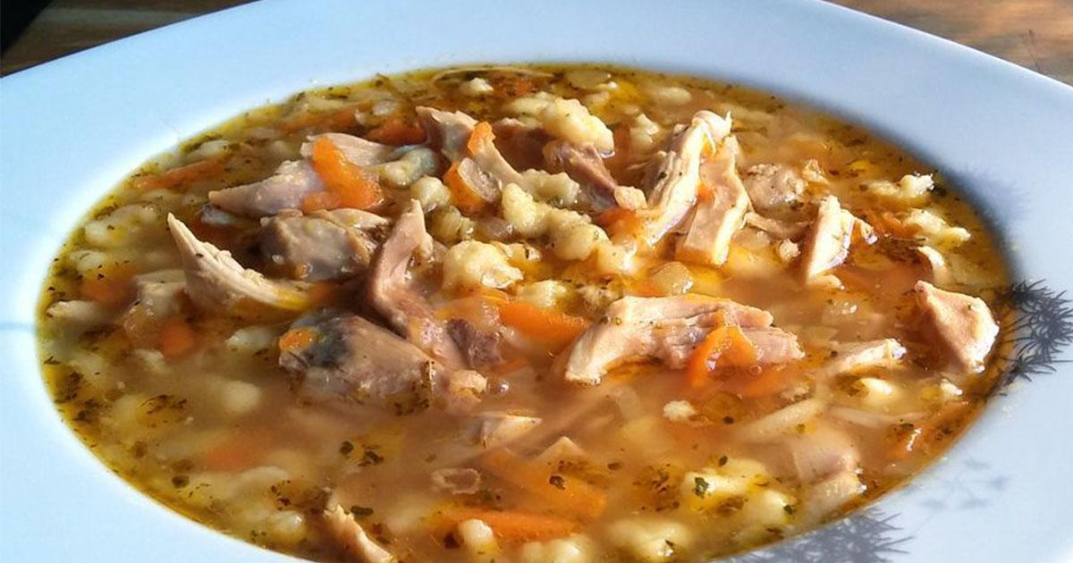 Supă de găină după rețeta bunicii