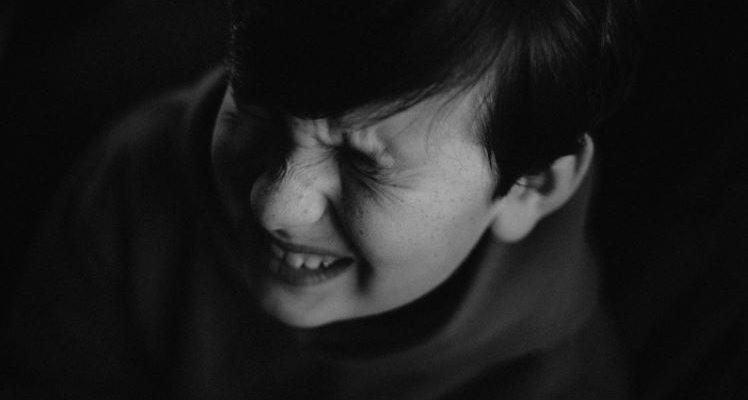 Cum se manifestă colita ulcerativă la copii?