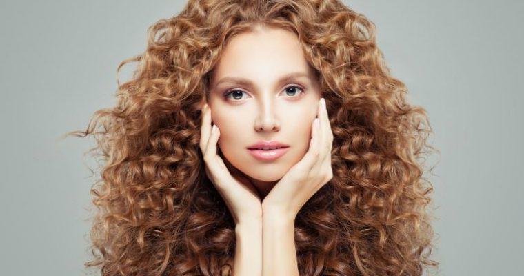 Ce produse nu trebuie să-ți lipsească din rutina de îngrijire a părului