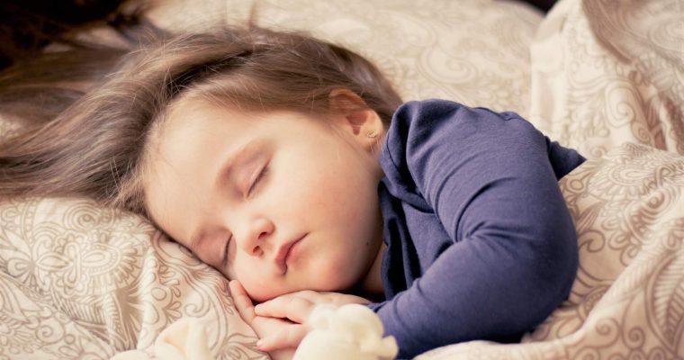 8 trucuri pentru a te bucura de un somn odihnitor